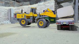 getlinkyoutube.com-HEAVY RC CONSTRUCTION SITE | WORKING AT THE STONE COMPANY! 60t BLOCKS LOAD | RC LIVE ACTION