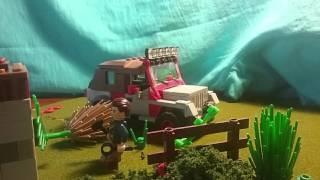 getlinkyoutube.com-Lego Jurassic Park: Dilopho Encounter. stop motion