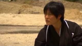 getlinkyoutube.com-Real Samurai Sword Technique - Cutting BB Gun pellet by Isao Machii - Japanese Katana Kenjutsu