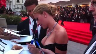 getlinkyoutube.com-Scarlett Johansson Red Carpet Venezia Cinema 2013 Under The Skin