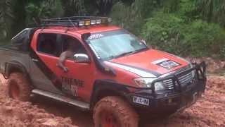 getlinkyoutube.com-Toyota Hilux Resceu Storm Ulu Slim 4x4 (MOREXtreme) 2011.Malaysia.