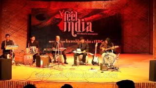'Tujhe jeevan ki dor se bandh liya hai' on Hawaiian guitar by Anil Mishra width=