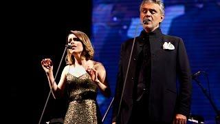getlinkyoutube.com-Andrea Bocelli (part. Sandy) - Vivo Por Ella