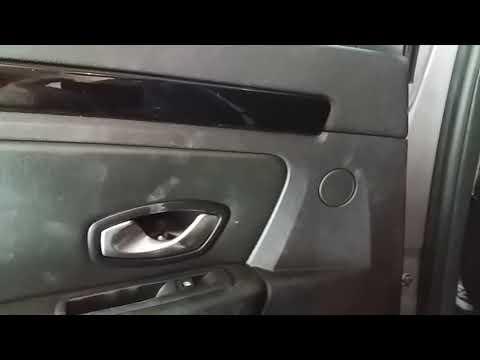 Как снять обшивку задней двери Лагуна 3