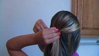 getlinkyoutube.com-3 cute hairstyles under 3 minutes