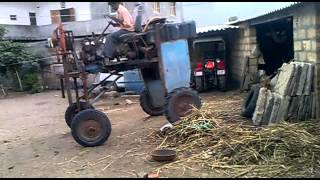 getlinkyoutube.com-Freaky Tractor: Awesome Indian Jugaad (Must Watch)