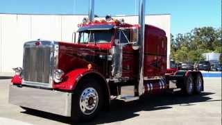 "getlinkyoutube.com-MegaTruckers   Trucks   ""The Majestic"" Peterbilt"