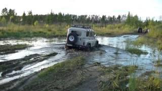 getlinkyoutube.com-УАЗ vs Lexus LX470 vs Land Cruiser 200 vs Hummer H3 vs Hilux Surf. Танковая дорога. Жесть!!!