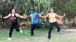 getlinkyoutube.com-Zumba on chaar shanivar (ALL IS WELL) 2015