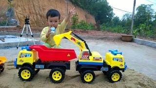 getlinkyoutube.com-Excavator and Truck | jcb video for children | Excavator and bulldozer video for kids