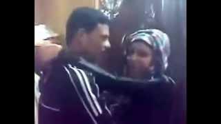 getlinkyoutube.com-رقص ولد مع المزه بتاعته