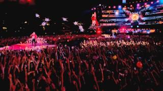 getlinkyoutube.com-Muse - Starlight - Live At Rome Olympic Stadium