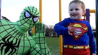getlinkyoutube.com-Green Spiderman & Superman In Real Life - Snow At The Park!