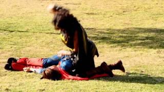 getlinkyoutube.com-Batgirl vs Superman Fight In Real Life!