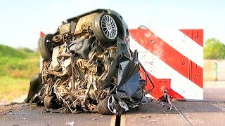 getlinkyoutube.com-120mph Mega Crash! - Fifth Gear