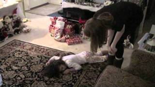 getlinkyoutube.com-Christmas Faint