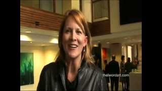 getlinkyoutube.com-Best moments of the opening night for Laurel Holloman show Coeur Libre
