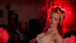 getlinkyoutube.com-The Art of Seduction in Burlesque Dancing