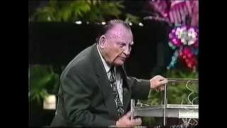 getlinkyoutube.com-Dominion Camp Meeting 1993 - Sunday PM July 4, 1993 (1/2) - Dr. Lester Sumrall