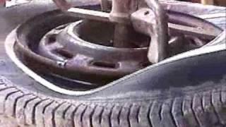 getlinkyoutube.com-My 1954 Bishman Tire Changer
