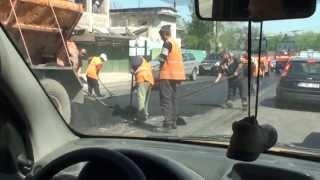 Așa se pune asfaltul în Chișinău