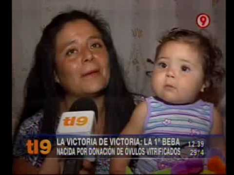 La victoria de Victoria: la 1era beba nacida por donación de óvulos vitrificados