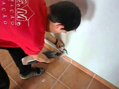 Máquina de aplicar fitas em gesso cartonado