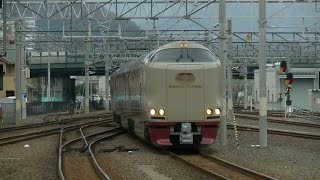getlinkyoutube.com-平日朝の予讃線・高徳線高松駅