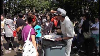 getlinkyoutube.com-【海外の反応】「良い人すぎる!」外国人観光客に対する日本人の親切さに海外が仰天!!!