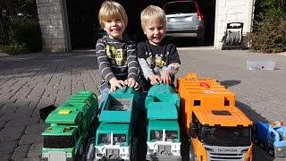 getlinkyoutube.com-Garbage Truck Videos for Children - Toy Bruder and Tonka Garbage Trucks