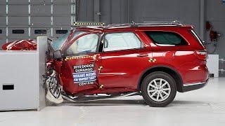 getlinkyoutube.com-2015 Dodge Durango small overlap IIHS crash test