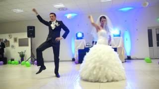 getlinkyoutube.com-Novomanželský tanec_Barbora & Rišo_Beautiful first Wedding dance