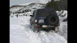 getlinkyoutube.com-4x4 nissan patrol GR Y61 de arturo en la nieve (valencia 2010)
