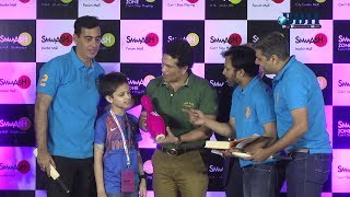 Sachin Tendulkar announces the winners of National Corporate Bowling Tournament at Smaaash
