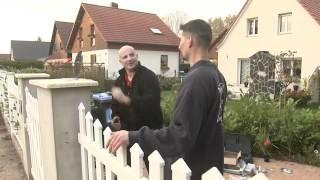 getlinkyoutube.com-BAUHAUS TV - DIE WENDES Handwerker mit Herzblut - Folge 3: Projekt Gartentor