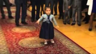 getlinkyoutube.com-Уйгур кизча ракси хамма курсин! ракс ,уйин,узбек прикол 2016,куринг кизик