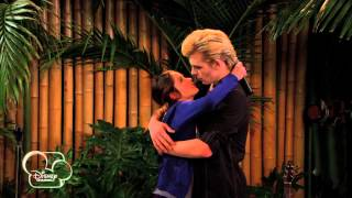 getlinkyoutube.com-Austin & Ally - The 2nd Kiss! - Official Disney Channel UK HD