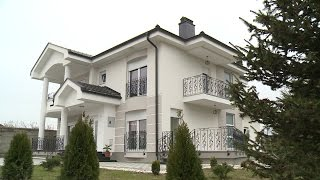 getlinkyoutube.com-Shtepite e bukura te Kosoves - Shtepia e Nijazi Haklaj - Abaz Krasniqi RTV21