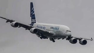 getlinkyoutube.com-Unbelievable Airbus A380 vertical Take-off + Amazing Air Show ( HD ) Paris Air show 2013