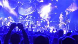 getlinkyoutube.com-Nickelback - Master Of Puppets/Walk (Live in Montreal)