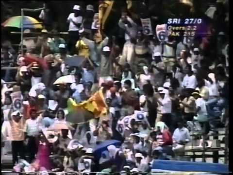 Sanath Jayasuriya Fastest ODI Fifty - 50 in 17 balls vs Pakistan 1996