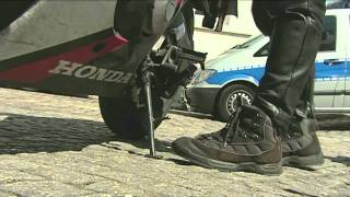 getlinkyoutube.com-Turborider - Reportage [30 Minuten Deutschland] - German/Deutsch