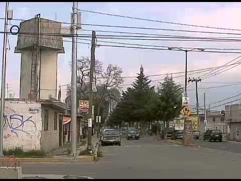 Noticieros - Denuncian escaso abastecimiento de agua en Metepec