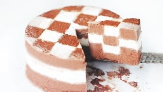 getlinkyoutube.com-Checkerboard Ice Cream Cake 체크 아이스크림 케이크