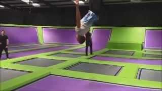 getlinkyoutube.com-Bounce Boys Conquer Jump Giants