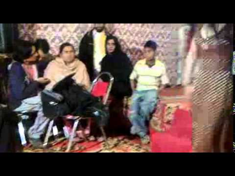 Worst Khusra Dancing (Must Watch And Share)