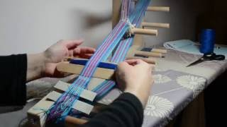 Weaving a floral band on an inkle loom, part 2
