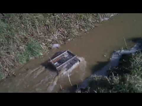 #23 Homemade RC tracked vehicle ( UGV ) - In a small stream - J.Laci