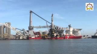 ميناء دمياط يرحب بالسفينة subsea7 المتخصصة فى مد خطوط أنابيب المواد البترولية