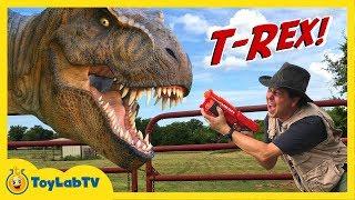 getlinkyoutube.com-Life-Size GIANT T-Rex Dinosaur Chases Park Ranger Aaron Jurassic Adventure w/ Dino Toys Kids Video